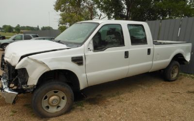 2008 Ford F-250 Crew Cab 4X4 Pickup Parting Out